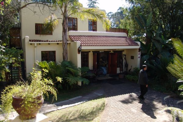 Hulala Lakeside Lodge