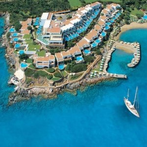 Early Booking Offers от отелей Elounda SA на острове Крит